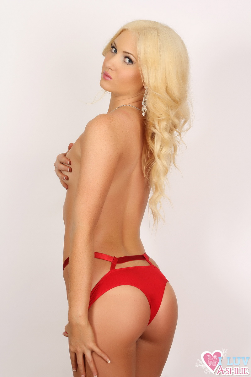 Blonde Stunner Ashlie Looks Classy And Stunning In Her Red Satin Bra And Panties With Diamond Jewelry - Picture 11