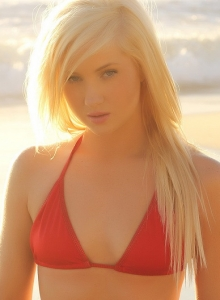 Blonde Babe Ashlie Teases At The Beach In A Skimpy Red String Bikini - Picture 9